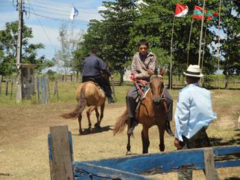 Mais atividades dedicadas aos jovens, cavalgada