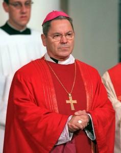 D. Johannes Dyba, Bispo da cidade alemã de Fulda, falecido em junho de 2000, foi um incansável batalhador contra a equiparação do casamento traditional às uniões de pessoas do mesmo sexo.