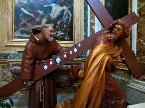 Resultado de imagem para frase pe. pio sobre a cruz
