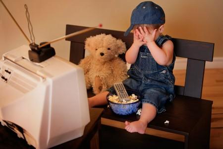 Televisão, o mal para as crianças.