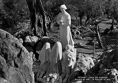 Monumento em memória à visão dos pastorinhos