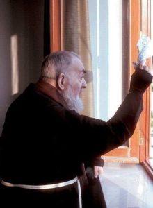 Padre Pio Lenço