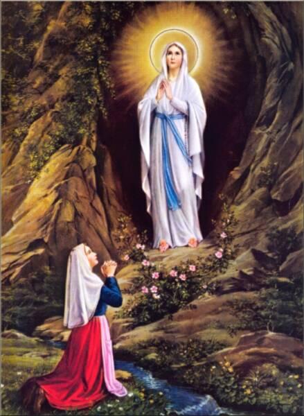 Nossa Senhora de Lourdes 3